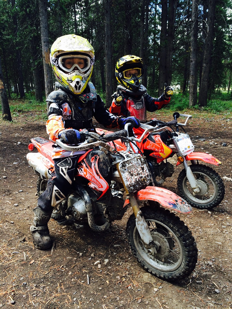 fitted to CRF50. Benjamin and Reid at Alberta, Canada.