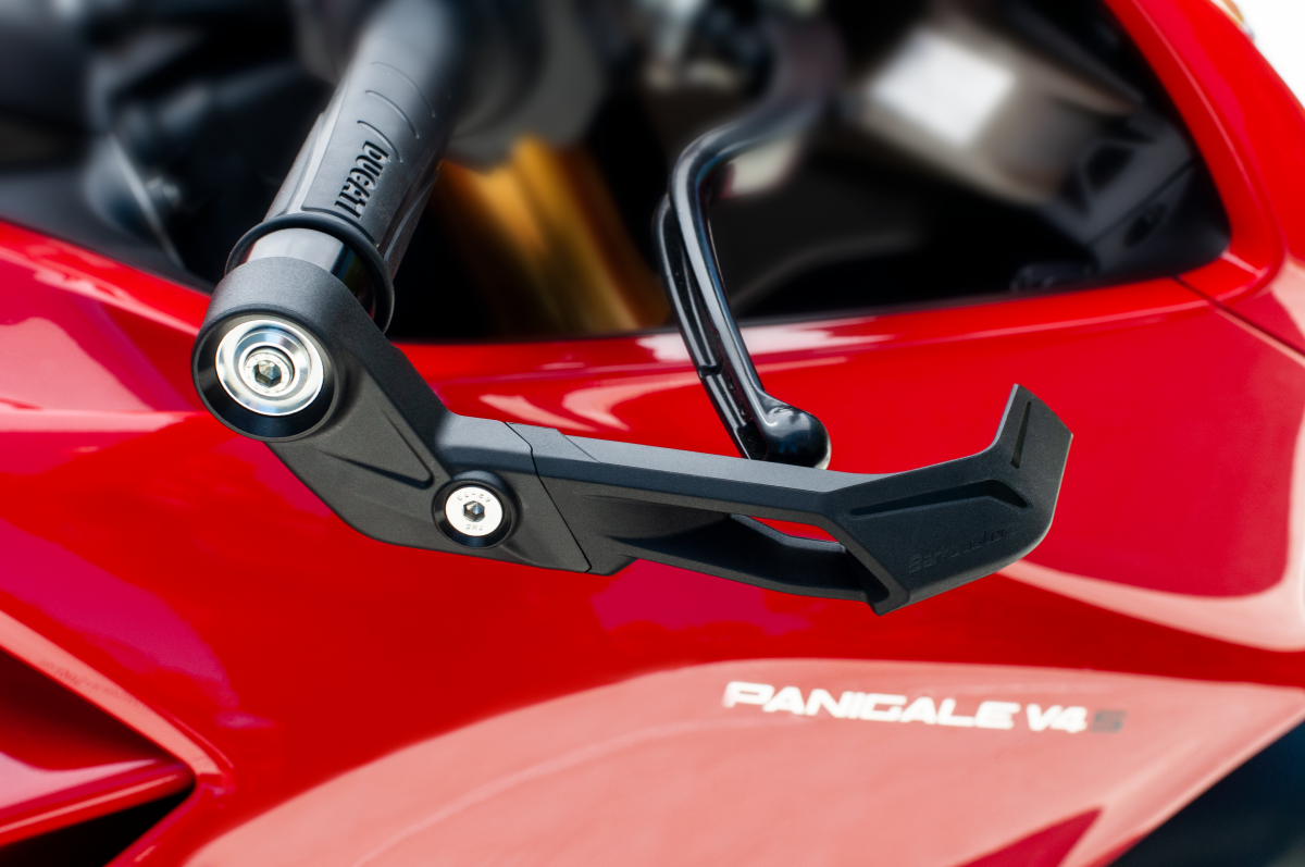 fitted to DUCATI Panigale V4S (2018)