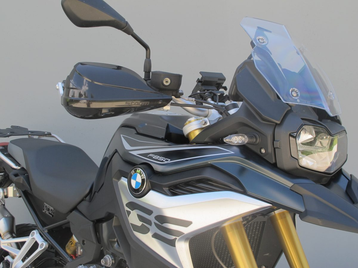 fitted to F850GS with STORM guards (Code: STM-003) sold separately