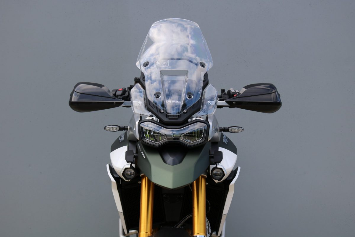 BARKBUSTERS Handguard Hardware Kit (Code: BHG-082) fitted to TRIUMPH Tiger 900 RALLY PRO ('20 on) with STORM Guards (Code: STM-003) sold separately